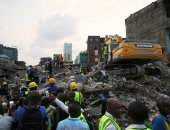 صور.. قتلى وجرحى وأكثر من 100 طفل تحت الأنقاض فى انهيار مدرسة بنيجيريا