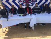 مجدى عبد الغنى وجهاز منتخب الشباب فى نهائى بطولة المناطق بالبحر الأحمر