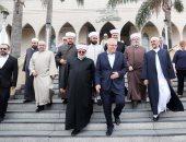 صور.. رئيس وزراء أستراليا يلتقى الجالية الإسلامية للتعزية.. ويوجه رسالة
