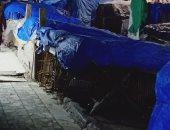 الباعة الجائلون يحتلون شارع نوبار بالإسكندرية