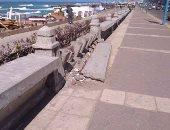 صور.. كورنيش الإسكندرية يشكو الأهمال