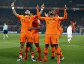 هولندا تتفوق بثنائية على روسيا البيضاء فى الشوط الأول بتصفيات يورو 2020