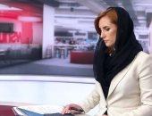 الحجاب يوحد نيوزيلندا.. شرطيات ومذيعات يتضامن مع المسلمين بغطاء الرأس ..صور