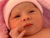 """صور.. سيدة كولومبية تضع مولودة """"حامل فى طفل"""" ..إيه الحكاية؟"""