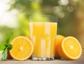 الصحة: عصير البرتقال والفراولة والليمون غنى بفيتامين سى المقوي للمناعة