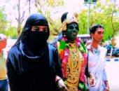 شاهد.. متحولة جنسيا ترشح نفسها للانتخابات الهندية وترفض التمييز على أساس الدين