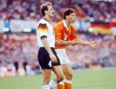 """هولندا ضد ألمانيا.. أفضل 5 مواجهات قبل موقعة الليلة """"فيديو"""""""