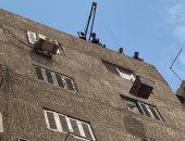 قاريء يناشد المسئولين بالتدخل لإيقاف بناء مخالف فى حى الزيتون