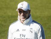هل يسير زيدان على خطى إنريكى ويرحل عن تدريب ريال مدريد؟