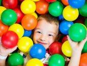 دراسة:منطقة ملاعب كرات الأطفال البلاستيكية تحتوى على عشرات الجراثيم القاتلة