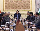 صور.. رئيس الوزراء يلتقى وزيرى التعليم والاتصالات لمتابعة أزمة امتحانات التابلت