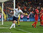 الجبل الأسود ضد إنجلترا.. الأسود يقلبون تأخرهم لتقدم 2-1 فى الشوط الأول
