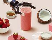 روبوت ذكى لإعداد العصير والمشروبات فى أقل من دقيقتين.. فيديو