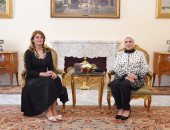 انتصار السيسى تعرب عن سعادتها بلقاء قرينة الرئيس البلغارى