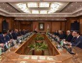 رئيس هيئة الرقابة الإدارية يلتقى رئيس مجلس إدارة غرفة التجارة الأمريكية بمصر