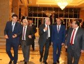 رئيس جامعة طنطا يستقبل محافظ جنوب سيناء على هامش مؤتمر الطاقة المتجددة