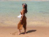 صور.. ملكة جمال بوليفيا تروج للسياحة فى مصر بصور فى الأماكن الأثرية