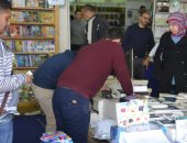 إقبال جماهيرى على معرض الإسكندرية للكتاب بعد إعادة تأهيله