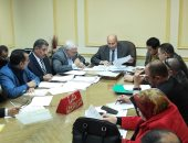 اللجنة العليا لمواقف السيارات بالبحيرة تقرر منح أول سيدة رخصة سرفيس أجرة