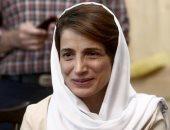شاهد فى دقيقة.. قصة 6 سجينات إيرانيات مزقن عباءة المرشد