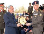 وزير الدفاع يشهد تخريج الدفعة 155 كلية ضباط احتياط