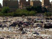 قارئ يشكو من انتشار القمامة والأوبئة تحت دائرى الخلايفى بالوراق
