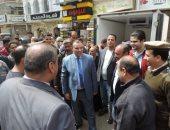 صور.. مدير أمن المنوفية يتفقد معرض السلع والمنتجات بمدينة الباجور