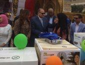 فيديو وصور.. محافظ الفيوم يشهد حفل تسليم جهاز عرائس للأيتام