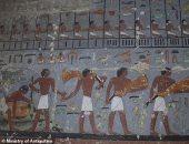 """موقع أجنبى عن اكتشاف مقبرة """"خوى"""" بسقارة: ألوان الكتابة والزينة لا تصدق"""