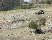 شكوى من تراكم القمامة بأرض فضاء بشارع فاروق يونس بمدينة النور الزاوية الحمراء