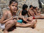 """صور.. رغم الدمار.. """"بسين تعز"""" يقاوم الحرب ويرسم البهجة على وجوه أطفال اليمن"""
