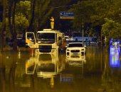 """زحام وحوادث وفوضى كاملة.. البرازيل """"تغرق فى شبر ميه"""" بسبب الأمطار"""