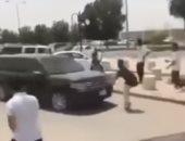 فيديو.. سيارة تدهس طالبا فى السعودية بسبب تأخر الخروج من موقف السيارات