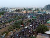 المجلس العسكرى السودانى ينفى إصدار مرسوم بمعاقبة الشباب الذين يغلقون الطرق