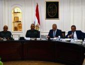 وزير الإسكان ورئيس الهيئة الهندسية يتابعان موقف تنفيذ المشروعات المشتركة