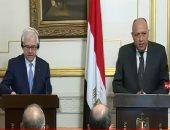 وزير خارجية بولندا يزور الأهرامات.. وزاهى حواس يكشف له عن أسرار أبو الهول