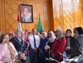 """صور.. محافظ الإسماعيلية يجتمع بأعضاء """"القومى للمرأة"""" ويؤكد على تفعيل دور المرأة كشريك أساسى للرجل"""