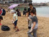صور .. طلاب المدارس ينظفون  شاطئ جليم فى مبادرة جديدة للحفاظ على البيئة