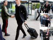 فيرجسون يطير مع مانشستر يونايتد إلى إسبانيا لمواجهة برشلونة.. صور