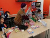 """ورش الأطفال والأكلات المصرية.. """"آلاء"""" تنشر الثقافة المصرية فى هولندا"""