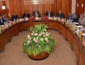 رئيس جامعة أسيوط: إعادة تقسيم بعض أقسام كلية الهندسة لمواكبة الثورة التكنولوجية