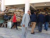 تعليم الإسكندرية: إعادة تدوير كسر الأخشاب بالمخازن بالتنسيق مع التعليم مع الفنى