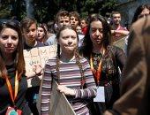 صور..مظاهرات إيطالية للحد من التغيرات المناخية بقيادة طفلة سويدية