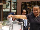 صور.. المصريون فى دبى يصطفون للمشاركة بالاستفتاء على تعديلات الدستور