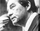 أكتافيو باث شاعر مكسيكى بدرجة سفير حصل على نوبل بعد ترشح 10 سنوات