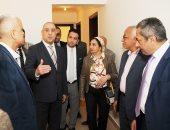 """صور.. وزير الإسكان يتفقد مشروعى """"JANNA"""" والحديقة المركزية بمدينة الشيخ زايد"""
