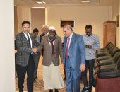 مستشفى الأزهر التخصصى تستقبل رئيس مجمع علماء الإسلام بالصومال للعلاج