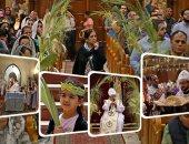 """صور.. الأقباط يحتفلون بـ""""أحد الشعانين"""" ذكرى دخول المسيح أورشليم.. السعف يرتفع فى الكنائس ويزينها بصلبانه المميزة والباعة يفترشون الأرصفة.. والبابا تواضروس يصلى فى دير الأنبا بيشوى"""
