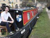 لماذا تزايدت شعبية العيش على القوارب فى الممرات المائية ببريطانيا؟