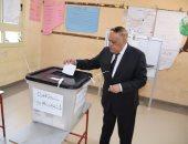 """الفريق التراس رئيس """"العربية للتصنيع"""" يدلى بصوته فى الاستفتاء"""